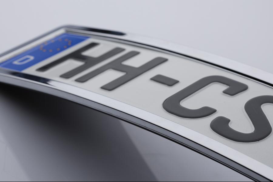 Kennzeichenhalter aus Edelstahl – CarSign
