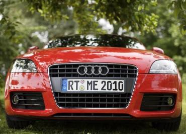 Kennzeichenhalterung für Singleframe Audi TT CarSign schwarz-matt