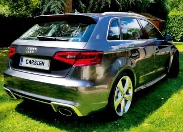 Audi RS3 mit CarSign Edelstahl gebürstet