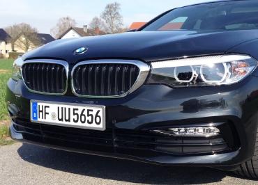 BMW Kennzeichenhalter in Edelstahl poliert von CarSign