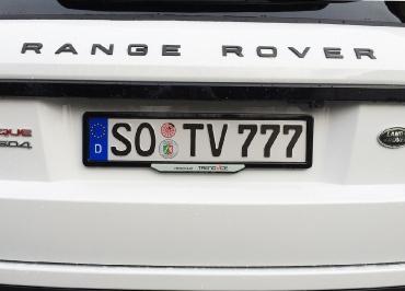 Range Rover Evoque mit Kennzeichenhalter schwarz-glanz und Fuhrpark Inlay