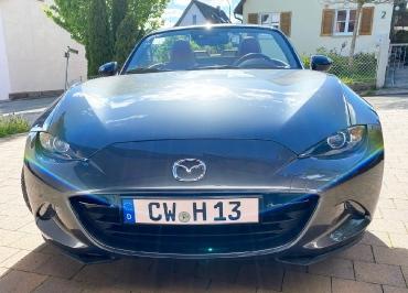 Mazda MX-5 Kennzeichenhalter Front schwarz-glanz