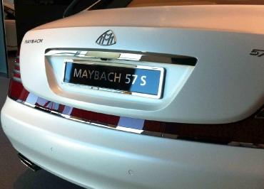 Kennzeichenhalter Maybach geformt in Edelstahl deluxe 24K