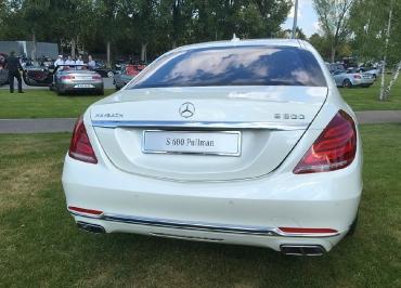 Mercedes-Benz S600 mit CarSign Kennzeichenhalterung verchromt