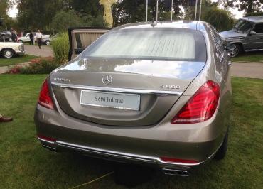 Kennzeichenhalter Mercedes-Benz S600 Pullman mit CarSign Chrom