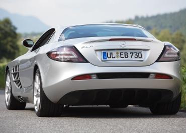 Mercedes-Benz SLR mit Kennzeichenhalterung Edelstahl poliert