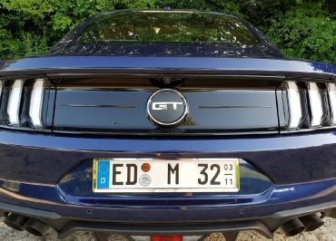 Mustang Kennzeichenhalter Edelstahl Chrom