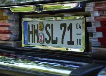 Mercedes-Benz Classic R107 Kennzeichenhalter