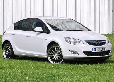 Kennzeichenhalter Edelstahl lackiert in Wagenfarbe für Opel