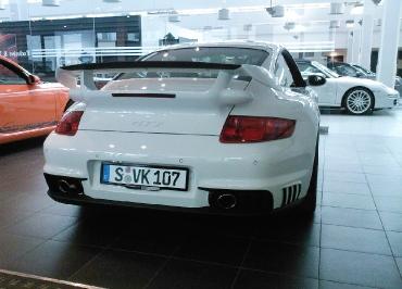 Porsche 911 GT2 Kennzeichenhalter schwarz-glanz und Inlay