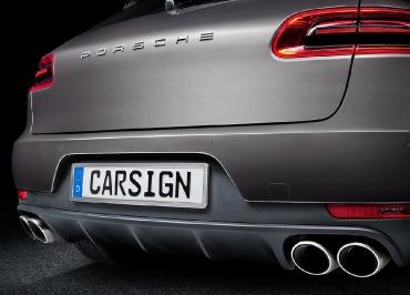 Porsche Macan Fotoshooting mit Kennzeichenhalter Edelstahl gebürstet