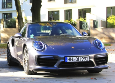 Porsche 911 Turbo S CarSign schwarz-glanz Nummernschildverstaerker