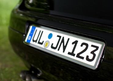 VW Golf 5 Volkswagen Kennzeichenhalter Edelstahl verchromt